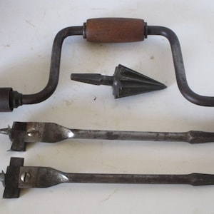 """Hand Brace / 8"""" Throw / Steel Pipe Reamer/ 2 Expansion Bits /Adjustable /Hand Tools/ Woodworking/ Home Improvement / Farm and Ranch /Vintage"""
