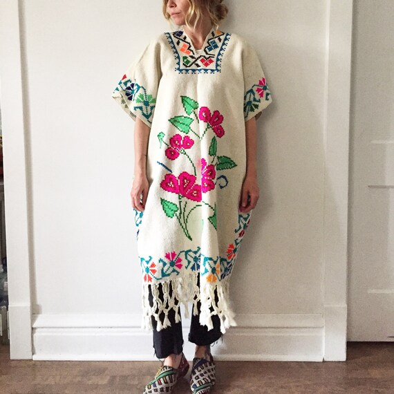 Vintage 60s Mexican Hand Embroidered Poncho, Oaxaca Embroidered Cape