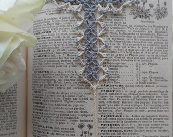 Tatted Lace Cross Bookmark in Grey and Pastel Yellow - Riga