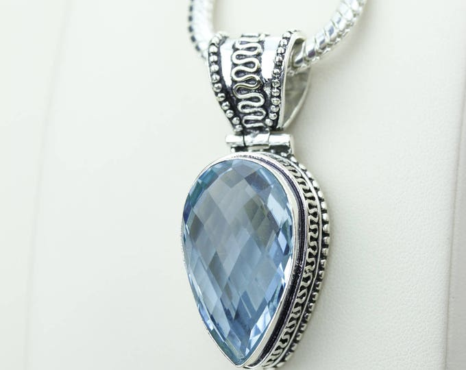 Vintage Setting Swiss Blue Topaz S0LID Sterling Silver Pendant + 4MM Snake Chain & Worldwide Shipping p4230