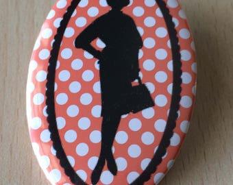 badge / brooch vintage silhouette fashion 10