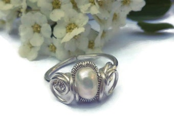 Silver and Pearl Ring, Freshwater Pearl Ring, Adjustable Ring, Sterling Silver Wire Pearl Ring, White Pearl Ring, Handmade Ring, Women Ring