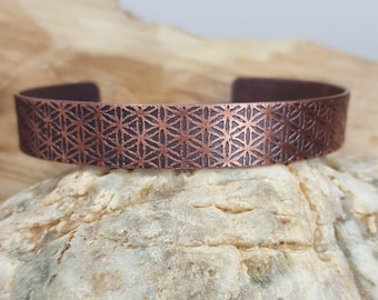 Flower of life pattern bracelet, copper bracelet, sacred geometry, women ring, oxidized.