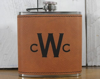 Flask/Monogram/Leatherette/Personalized/Father's Day/Male Gift/Bridal Party