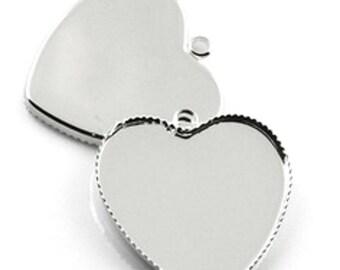 Medium heart 23mm diameter cabochon pendant