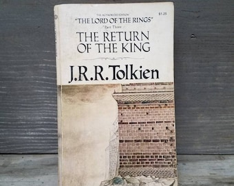 The Return of the King/J.R.R. Tolkien/paperback/from The Lord of the Rings set/1973/1970s/science fiction/literature/fantasy/classic/movies