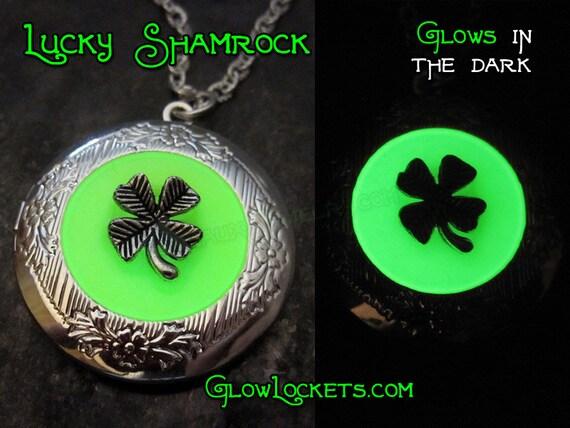 Lucky Shamrock Four 4 Leaf Clover Saint Patricks Day Glow Locket