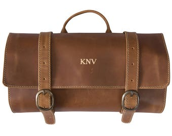 Personalized Distressed Tan Leather Hanging Travel Toiletry Bag - Toiletry Bag - Husband Gifts - Gifts for Him - Groomsmen - GC1623