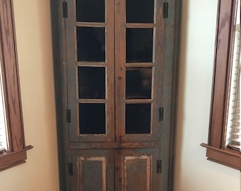 1720-1760 Delaware 18th century corner cupboard old blue primitive, old glass +++ NOTE: Pick Up Only. Huntington WV +++