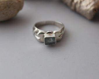 Aquamarine ring set in Sterling silver