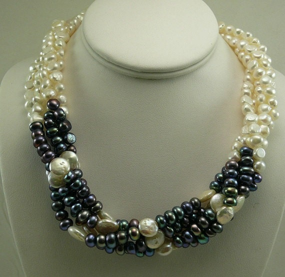 Freshwater 6.5mm - 7mm Black & White Pearl Choker Necklace Silver Lock