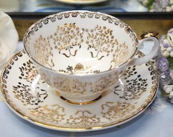 ROYAL GRAFTON Fine Bone China Teacup and Saucer Set