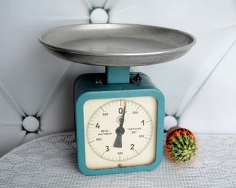 Retro Kitchen Scale, Mid Century Balance, Antique Scale, Rustic Display Stand, Rustic Kitchen Decor