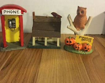 Dollhouse phone booth, birdhouse and pumpkin patch