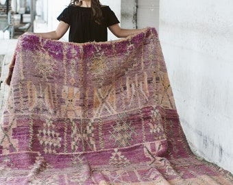 JAMILA - Vintage Moroccan Zemmour Tribal Rug (faded purple, peach, pink, cream)