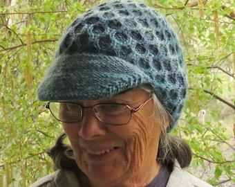 Knitted honeycomb newsboy cap