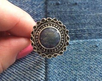 Vintage handmade denim lapis lazuli native american ring size 9 3/4 US.