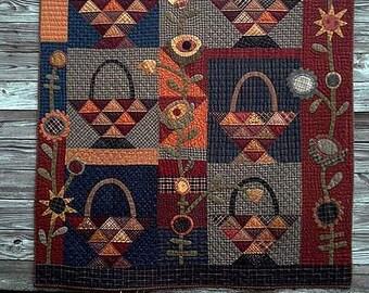 Pattern: A Tisket A Tasket Quilt Pattern by Primitive Pieces by Lynda