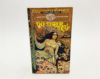Vintage Gothic Romance Book The Terror Trap by Willo Davis Roberts 1971 Paperback