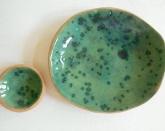 Small pottery dish set modern rustic ceramic spotted fish green glaze ceramic bowl set of 2 dinnerware bowls small ceramic plate set