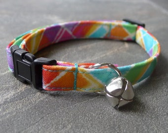 CAT COLLAR Rainbow break away with bell