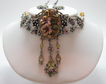 Vintage Floral Choker Necklace and Earring Set