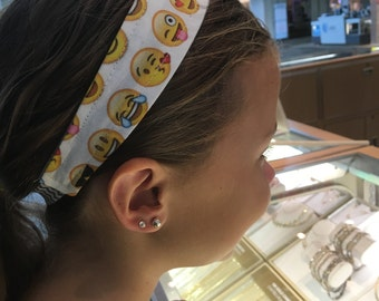 Emoji headband. One size fits all. birthday party favor. Emoji birthday for girls. Buy more save more.