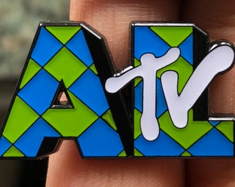 Weird Al Yankovic - AL TV pin - Regular - Thick Metal - Double Posted
