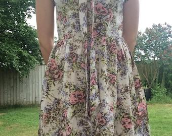 Vintage Floral Dress - Vintage 1960s Dress - Vintage Tea Dress - Small Vintage Dress - Bow Dress - Grey Vintage Dress