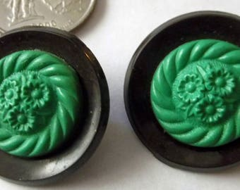 Vintage Buttons Black & Green Molded Flowers 2 Tone 1""