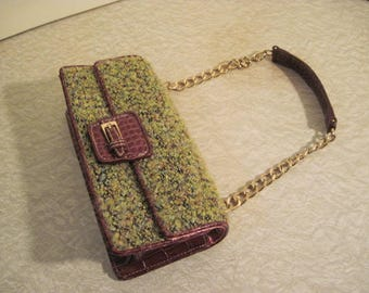 Vintage Green Purse top handled handbag clutch nubby fabric chain strap structured