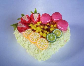 Miniature Cake Heart 1:12 - Series 2 - 005