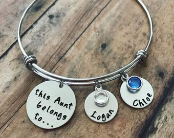 Custom Handstamped Aunt Bracelet, Personalized Charm Bracelet with Names and Birthstones, This Aunt Belongs To, Gift for Her, Gift for Aunt