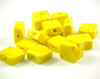 ♥X2 glass beads yellow square 12mm♥