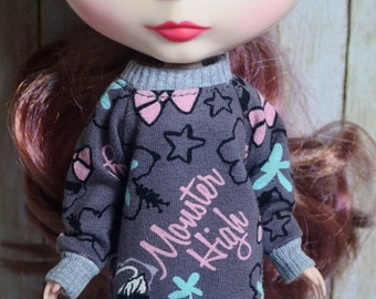 Monster High sweatshirt for Blythe or Dal doll