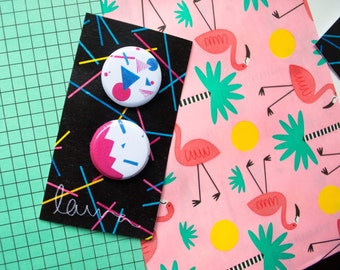 Power Patterns- Badge Pack (Two-Pack of Eighties Pattern Badges in Bright Pink and Royal Blue)