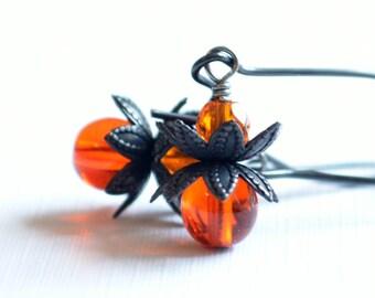 Halloween Jewelry, Fun Earrings, Orange and Black, Glass Beads, Kidney Earwires, Spooky
