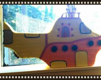 Yellow submarine Pinata