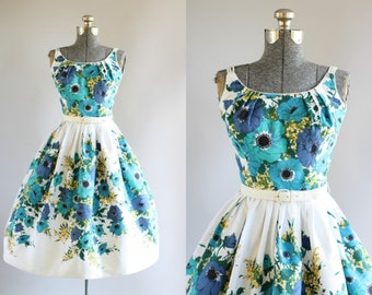 Vintage 1950s Dress / 50s Cotton Dress / Pat Nichols of Miami Blue and Turquoise Floral Border Print Dress w/ Original Belt XS/S