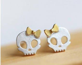 Skull earring - Sterling Silver