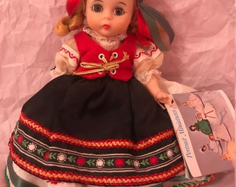Madame Alexander Doll Co. | Poland No. 580 (Blonde)