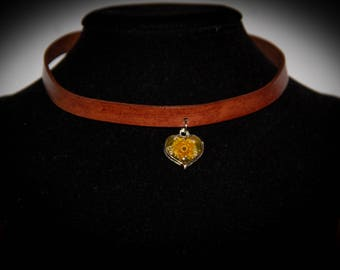 Real flowers choker necklace