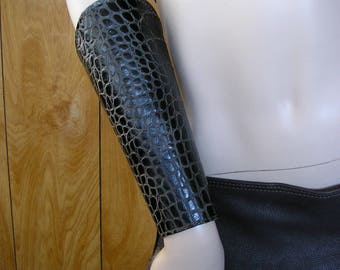 """Dragon leather cuffs, size small 6 3/4"""", 9"""" long bracers, vambraces, gauntlets, greaves, leather armor, with brass snaps"""