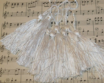French Tassels-DIY-Garland-Bunting-Supplies-Marie Antoinette-6 pieces-Wedding White