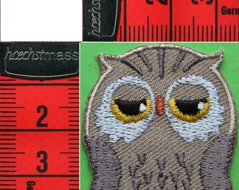 OWL badge embroidered iron or sew 3.5 x 4.2 cm. Patch applique