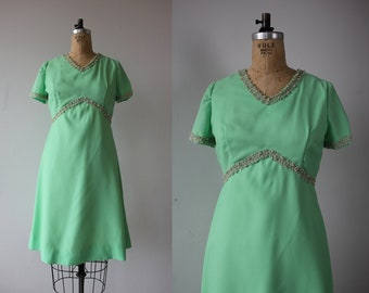 vintage 1960s dress / 60s mint green party dress / 60s cocktail dress / 60s pastel green dress / empire waist dress / mad men dress / medium