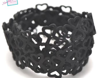 """""""flower heart"""" perforated suede thong cord 1 m 15 x 1, 5 mm, black"""
