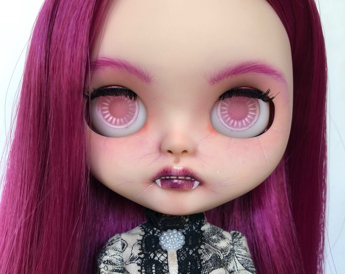OOAK Custom Blythe Doll – Purple – By Art_emis