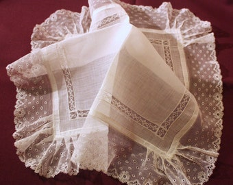 Embroidered handkerchief bridal hankie, handkerchief lace doily lace, vintage hankie - M25