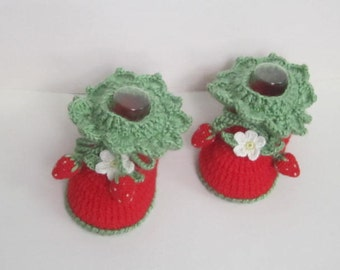 Red Baby Booties, Red Baby girl booties with berries, Unique Baby Booties, Crochet Red Baby Booties, Red Strawberry Baby Shoes Newborn shoes